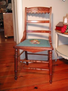 Vintage Eastlake Style Burlwood Veneer Clown Chair