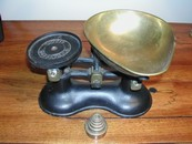 Vintage Boots Nottingham Brass/Iron Scale & Weights (England)